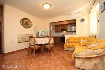 Apartment A-6792-c - Apartments Veliko Brdo (Makarska) - 6792