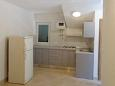 Kitchen - Apartment A-6813-a - Apartments Brist (Makarska) - 6813