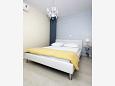 Bedroom - Apartment A-6817-d - Apartments Tučepi (Makarska) - 6817