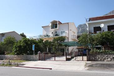 Property Gradac (Makarska) - Accommodation 6819 - Apartments and Rooms with pebble beach.