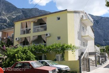 Property Baška Voda (Makarska) - Accommodation 6827 - Apartments with pebble beach.