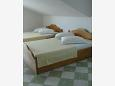 Bedroom 2 - Apartment A-6828-b - Apartments and Rooms Brela (Makarska) - 6828