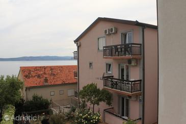 Property Baška Voda (Makarska) - Accommodation 6831 - Apartments near sea with pebble beach.