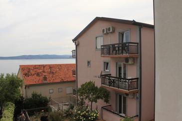 Property Baška Voda (Makarska) - Accommodation 6831 - Apartments near sea with pebble beach.