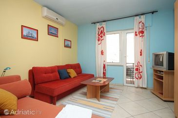 Apartment A-6834-a - Apartments and Rooms Makarska (Makarska) - 6834