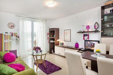 Apartment A-6843-a - Apartments Makarska (Makarska) - 6843