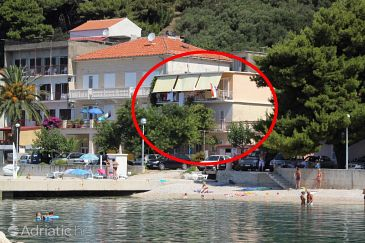 Property Podgora (Makarska) - Accommodation 6846 - Apartments near sea with pebble beach.