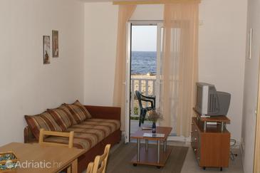 Apartment A-6865-a - Apartments Mirca (Brač) - 6865