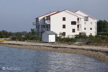 Property Mirca (Brač) - Accommodation 6865 - Apartments near sea with pebble beach.