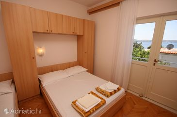 Room S-6877-a - Apartments and Rooms Živogošće - Porat (Makarska) - 6877
