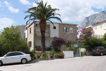 Property Makarska (Makarska) - Accommodation 6882 - Apartments near sea with pebble beach.