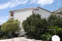 Apartments and rooms with parking space Brela (Makarska) - 6894