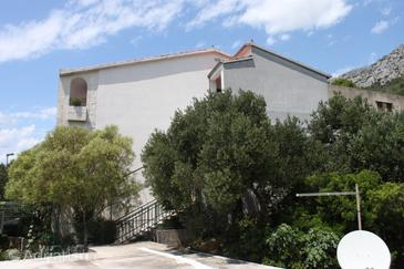 Property Brela (Makarska) - Accommodation 6894 - Apartments and Rooms with pebble beach.