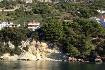 Property Pisak (Omiš) - Accommodation 6897 - Apartments near sea with rocky beach.