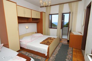 Room S-6906-a - Apartments and Rooms Brela (Makarska) - 6906
