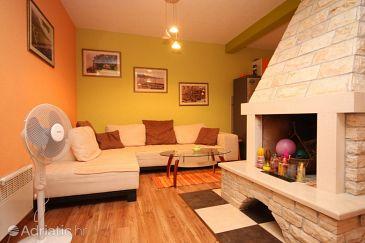 Apartment A-6910-a - Apartments Gornja Podgora (Makarska) - 6910
