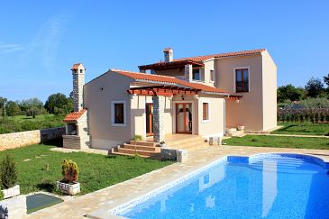 Property Valtura (Pula) - Accommodation 6913 - Vacation Rentals with pebble beach.