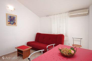 Apartment A-6936-b - Apartments Novigrad (Novigrad) - 6936