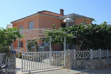 Property Valbandon (Fažana) - Accommodation 6941 - Apartments with pebble beach.