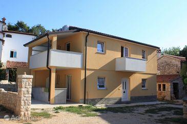 Property Sveti Ivan (Umag) - Accommodation 6967 - Apartments near sea with rocky beach.