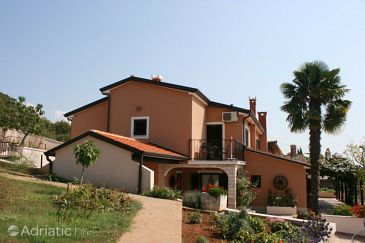 Property Vrsar (Poreč) - Accommodation 7009 - Apartments with rocky beach.