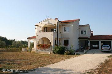 Property Valkarin (Poreč) - Accommodation 7011 - Apartments in Croatia.