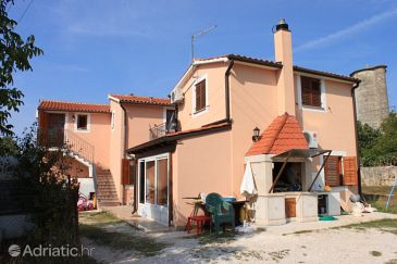 Property Vrsar (Poreč) - Accommodation 7021 - Apartments with rocky beach.