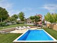Property Motovun - Bataji (Središnja Istra) - Accommodation 7069 - Apartments with pebble beach.