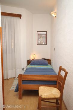 Room S-7081-c - Apartments and Rooms Oprtalj (Središnja Istra) - 7081