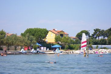 Property Novigrad (Novigrad) - Accommodation 7118 - Apartments near sea with pebble beach.