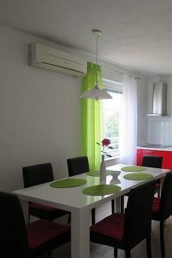 Vrsar, Dining room u smještaju tipa apartment, dostupna klima i WIFI.