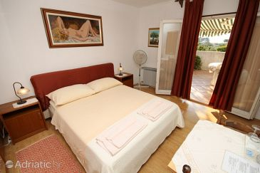 Room S-7170-a - Apartments and Rooms Rovinj (Rovinj) - 7170