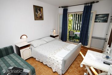 Room S-7170-c - Apartments and Rooms Rovinj (Rovinj) - 7170