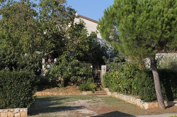 Property Rovinj (Rovinj) - Accommodation 7170 - Apartments and Rooms with pebble beach.