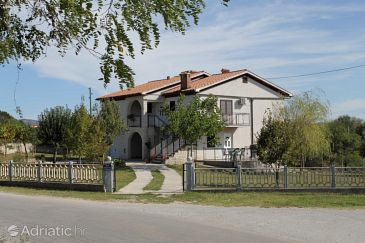 Property Šumber (Središnja Istra) - Accommodation 7175 - Apartments with pebble beach.
