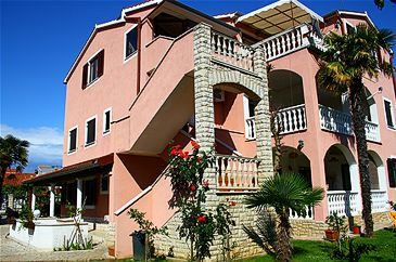 Property Medulin (Medulin) - Accommodation 7181 - Apartments with sandy beach.
