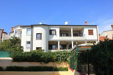 Property Rovinj (Rovinj) - Accommodation 7185 - Apartments with pebble beach.