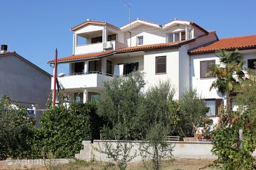 Property Pula (Pula) - Accommodation 7203 - Apartments with pebble beach.