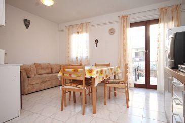 Apartament A-7235-a - Apartamenty Fažana (Fažana) - 7235