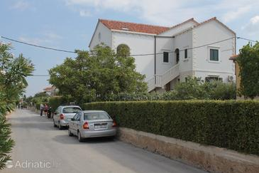Property Supetar (Brač) - Accommodation 725 - Apartments with pebble beach.