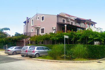 Property Fažana (Fažana) - Accommodation 7261 - Apartments with pebble beach.
