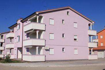 Obiekt Valbandon (Fažana) - Zakwaterowanie 7269 - Apartamenty ze żwirową plażą.