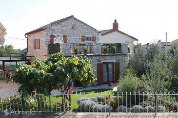 Property Kanfanar (Središnja Istra) - Accommodation 7276 - Vacation Rentals with pebble beach.