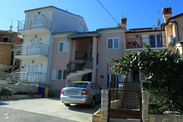 Property Rovinj (Rovinj) - Accommodation 7326 - Apartments with pebble beach.