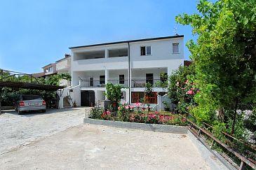 Property Rovinj (Rovinj) - Accommodation 7336 - Apartments with pebble beach.