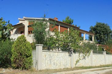 Property Premantura (Medulin) - Accommodation 7367 - Apartments and Rooms in Croatia.