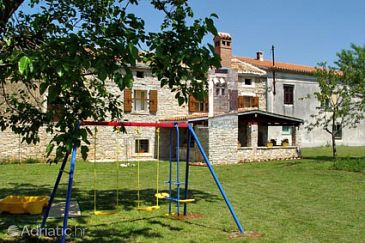 Property Guran (Središnja Istra) - Accommodation 7373 - Vacation Rentals with pebble beach.