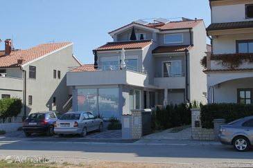 Property Fažana (Fažana) - Accommodation 7377 - Apartments with pebble beach.