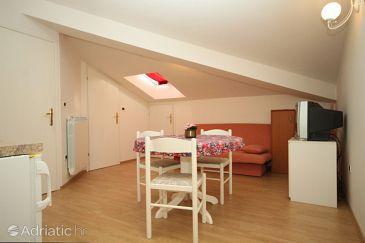 Apartment A-7385-e - Apartments Pješčana Uvala (Pula) - 7385