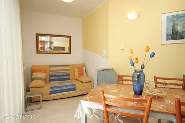 Apartment A-7388-e - Apartments Poreč (Poreč) - 7388